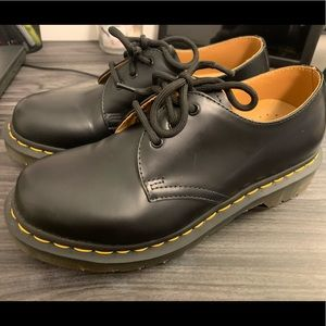 Dr. Martens 1461 Smooth Leather Oxford Sho…